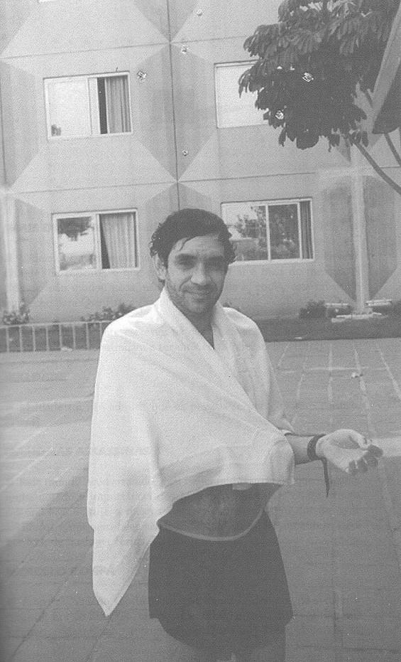na-piscina-do-hotel-em-vitoria-es-92