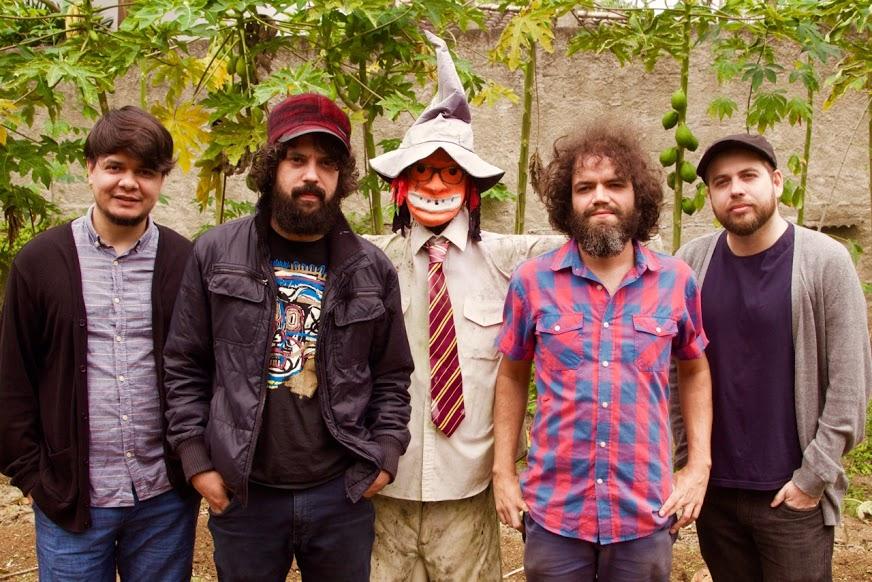 A banda Supercordas, da cidade de Paraty (RJ) traz sua psicodelia no seu som
